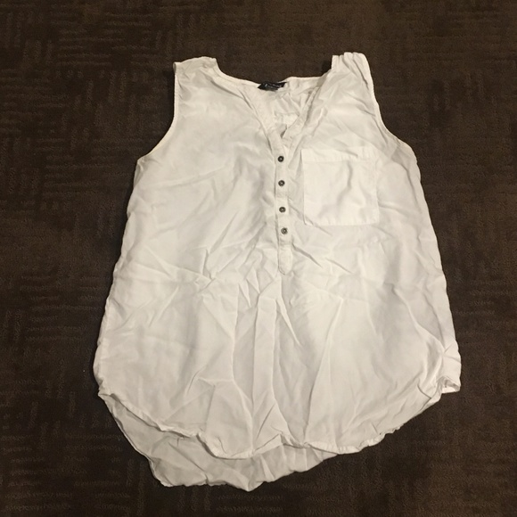 Tops - WHITE BUTTON DOWN TANK/BLOUSE